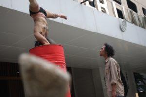 Pertunjukan TubuhKATATubuh Tony Broer di Teater Luwes IKJ Jakarta/AME